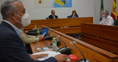 Ruiz Boix defiende en el Consejo de Alcaldes que San Roque se encuentra saturado de instalaciones industriales
